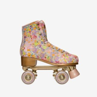 Skating our way into svelte-ness... 💐   How about these fun and stylish flower-print #throwback roller skates for a workout shakeup!  @cynthiarowley X @impalakate floral rollerskates   Now in the shop, link in bio 👆🏻  FOLLOW @theflowry for best in bloomcraft for people, spaces and occasions.  #bloomspeed #rollerskates #howweroll #nostalgia #floralvibes  #floralpattern #floralprint #floralthings #allthingsfloral #loveflowers #infullbloom  #bloombeam #shoptheflowry